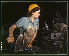 Lathe operator, 1942