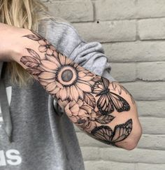 source whitefireprincess - Jacob love the ink Body Tattoo Design, Tattoo Design Drawings, Tattoo Sleeve Designs, Sleeve Tattoos, Simplistic Tattoos, Elegant Tattoos, Beautiful Tattoos, Time Tattoos, Body Tattoos