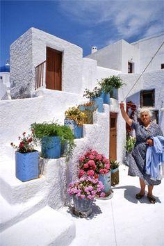 Greek Yiayia's laundry day in Pyrgos, Santorini island Mykonos, Santorini Greece, Santorini Island, Greek Garden, Casas The Sims 4, Greek House, Greece Travel, Greek Islands, The Places Youll Go