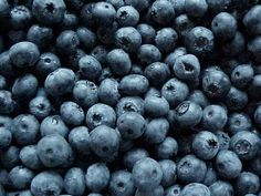 Late Night Snacking Can Be Healthy! Blueberry Bbq Sauce Recipe, Sorbet Recipe, Blueberry Recipes, Healthy Food List, Healthy Recipes, Healthy Foods, Healthiest Foods, Healthy Eating, Healthy Skin