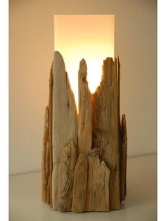 Relife an old lamp with driftwood!
