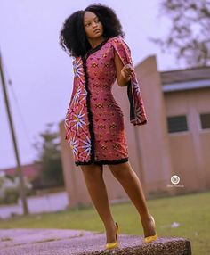 Most of us pick Ankara Styles that pay for you forgiveness and comfort to play-act around. Ankara styles for weekends come in many patterns and designs. It is your choice to make gone it comes to selecting the perfect Ankara Styles for your event. African Fashion Designers, African Fashion Ankara, Latest African Fashion Dresses, African Print Fashion, Africa Fashion, African Style, Fashion Prints, Trendy Ankara Styles, Ankara Dress Styles