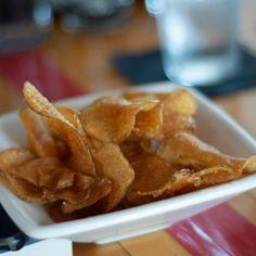 zelf gezonde knapperige chips van kikkererwten maken