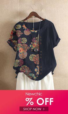 Site Mode, Look Fashion, Womens Fashion, Blue Fashion, Autumn Fashion, Tshirts Online, Floral Prints, Floral Tops, Tunic Tops