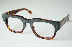 the modified Flammarion from the IOS (Inner + Outer Space) series by General Eyewear