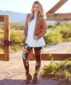Tribal :: Navajo leggings & Cognac leather jacket Outfit of the Day. Wearing @Soco Vintage white top | @StyleLately leggings | express western booties | Romwe Cognac leather jacket | #fashion #fashionblogger #fashionista #style #ootd #outfitoftheday