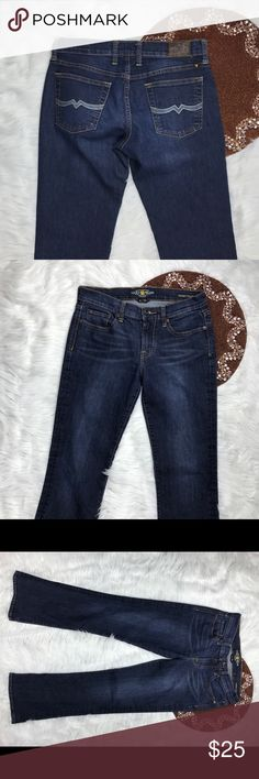 Lucky Brand Women Jeans Size 4/27 Dark Wash NiCe Great item , please see pictures for more information   There are NO Major Flaws with this item. If you notice a flaw that we did not mention, please contact us first before leaving negative feedback. We are only human and may make a mistake once in a while.   From Smoke Free Home     Fast Shipping Lucky Brand Jeans Boot Cut