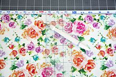 Contact_Wrapping_Paper_Drawer_Liners_4.jpg (550×367)