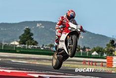 Casey Stoner and the Ducati 1299 Panigale S Anniversario