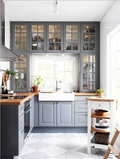 Do you want to have an IKEA kitchen design for your home? Every kitchen should have a cupboard for food storage or cooking utensils. So also with IKEA kitchen design. Here are 70 IKEA Kitchen Design Ideas in our opinion. Hopefully inspired and enjoy! Home Kitchens, Kitchen Gallery, Kitchen Remodel Small, Kitchen Design, Kitchen Cabinet Design, Butcher Block Countertops Kitchen, Popular Kitchen Countertops, Farmhouse Kitchen Cabinets, Small Kitchen