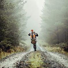 MotorStof.nl (@motorstof.nl) • Instagram-foto's en -video's Street Bikes, Videos, Relax, Country Roads, Instagram, Holiday, Pictures, Photos, Vacations