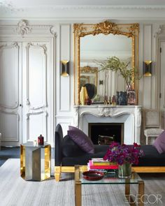 Bold Parisian Apartment by Kelli Wild and Laurent Champeau via champagne&macarons