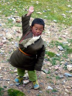 Cute kid with very pinchable cheeks! Click photo to read my blog post on Namco Lake, Tibet.