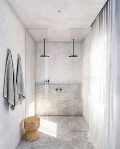 modern bathroom design with modern walk in shower with two rainfall shower heads, minimalist bathroom design, netural gray bathroom design Bad Inspiration, Interior Inspiration, Morning Inspiration, Double Shower Heads, Bathroom Interior Design, Ikea Interior, Apartment Interior, Modern Bathroom, Bathroom Sinks