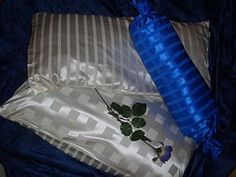 silk-bedding-cellini-design-seidenbettwaesche-068 #Silk bedsheet and duvet cover made in Germany by #Cellini Design. #Seidenbettwäsche aus reiner #Seide von #Spinnhütte Cellini Design aus Deutschland.