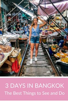 3 days in Bangkok is the perfect amount of time to see all of Bangkok's highlights from food markets to temples. Taiwan Travel, Bangkok Travel, Asia Travel, Travel Tips, 3 Days In Bangkok, Bangkok Thailand, Bangkok Itinerary, Best Camping Meals, Wat Pho