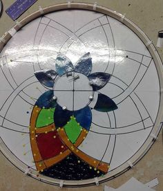 Improve your stained glass cutting technique by making one simple adjustment with your cutter. It's all to do with your non-cutting hand!