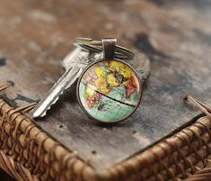 RECEPTION FAVOR  World Map Globe Keychain, Earth Keychain, Globe Keychain, Map Keychain, world travel adventurer gift, Antique Map Keychain, men's Keychain