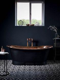 Black bathtub bathroom ideas rye natural home decor black bathtub black tub black white home decorators Bathroom Colors, White Bathroom, Modern Bathroom, Small Bathroom, Bathroom Ideas, Bathroom Spa, Bathtub Ideas, White Shower, Minimalist Bathroom