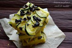Bucataria familiei mele: Focaccia cu șofran , o super crustă de zucchini și măsline