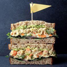 mashed_chickpea_salad_sandwich