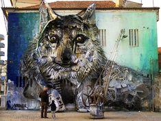 Wolf - Street Art by Portuguese street artist Bordalo II (Artur Bordalo) creates stunning animal sculptures. However, unlike most artists, Bordalo doesn't buy his material - he scavenges it. Street Art News, Street Art Graffiti, Street Artists, Animal Sculptures, Sculpture Art, Wolf Street, St Street, Urbane Kunst, Street Installation
