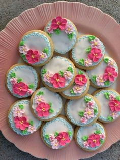 The most beautiful cookies ever...which I will never make because honestly, who has patience for that?