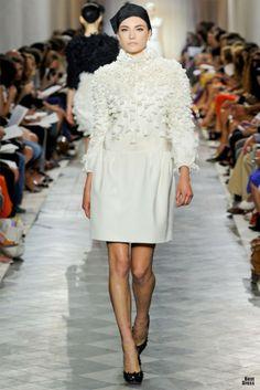 Giambattista Valli HOUTE COUTURE SPRING/SUMMER 2011/2012 High Fashion Haute Couture Giambattista Valli featured fashion