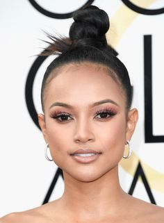 Karrueche Tran Photos Photos - Actress Karrueche Tran attends the 74th Annual Golden Globe Awards at The Beverly Hilton Hotel on January 8, 2017 in Beverly Hills, California. - 74th Annual Golden Globe Awards - Arrivals