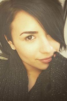 Demi Lovato takes a selfie for #NoMakeupMonday.
