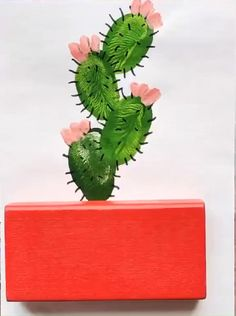 how to use your finger print to draw a cactus Hand Art Kids, Art For Kids, Crafts For Kids, Lady Bug Painted Rocks, Painted Rocks Kids, Art Drawings For Kids, Drawing For Kids, Cactus Painting, Diy Painting