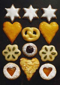 Le must pour se mettre dans l'ambiance de Noel : préparer ces biscuits traditionnels en famille.
