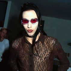 my marilyn manson fan blog. :-)