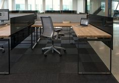 FLOR / Zazzle / O+A / Add a little sophistication to a corporate office space with an all black carpet design. Redwood City California, Cafeteria Design, Work Cafe, Agency Office, Office Furniture Design, Black Carpet, Transitional House, Carpet Design, Commercial Interiors