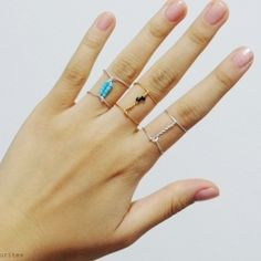 Learn how to make these unique and stylish connected rings! (in Portuguese and English)