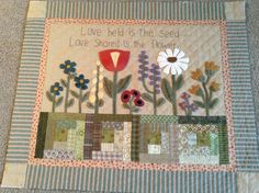 Timeless Traditions: A busy day of kit making. Colorful Quilts, Small Quilts, Mini Quilts, Wool Embroidery, Wool Applique, Applique Quilts, Quilting Projects, Quilting Designs, Dollhouse Quilt