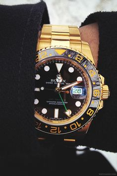 watchanish:  Yellow gold Rolex GMT IIc ref. 116718.More of our footage at WatchAnish.com.