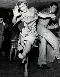 Piper Laurie and Rock Hudson, 1952 http://pinterest.com/quinnproperties/ http://www.tumblr.com/blog/patrickquinnproperties