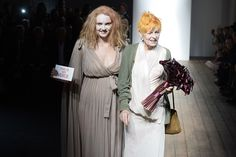 The Red Label finale with Lily Cole presenting Vivienne with a bouquet of, what else, LILIES! Lily Cole, Julien Macdonald, Vivienne Westwood, Tom Ford, My Idol, Catwalk, Spring Summer, Red, Label
