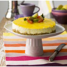 Hurmaava sitruunajuustokakku | Meillä kotona Cheesecakes, Desserts, Food, Tailgate Desserts, Deserts, Essen, Cheesecake, Postres, Meals