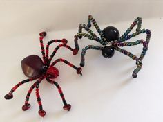 Learn how to make a beaded spider decoration for Halloween or just to show off your love of arachnids.