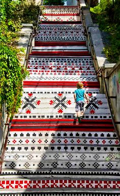 Rakoczi Staircase in Targu Mures, Romania (Photo Paul Biris) Beautiful World, Beautiful Places, Travel Around The World, Around The Worlds, Places To Travel, Places To Visit, Transylvania Romania, Enjoy The Ride, Visit Romania