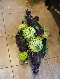 Cemetery Decorations, Funeral, Floral Arrangements, Flowers, Plants, Flower Arrangements, Garden, Flower Arrangement, Plant