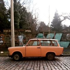 #parkedcars #dresden #neustadt #trabant #karren
