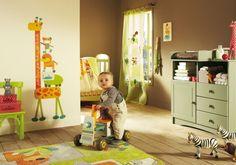 babyzimmer deko junge orange grün farben thema tiere