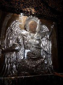 Παναγία Ιεροσολυμίτισσα : Νέος έπεσε σε κώμα και συνήλθε από Θαύμα του Πανορμίτη Famous Freemasons, Orthodox Christianity, Christian Faith, Religion, Lion Sculpture, Spirituality, Statue, Greece, Angels