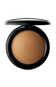 M·A·C 'Mineralize' Skinfinish Natural available at #Nordstrom A luxurious domed face powder formulated from minerals, slowly baked to provide a dimensional yet natural-matte finish. Provides perfect low coverage. Use to set and fix foundation or as a touch-up throughout the day.