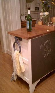 Monster Lovin' Mommy: DIY Kitchen Island Love the chalkboard! Diy Kitchen Island, Wooden Kitchen, Kitchen Ideas, Kitchen Retro, Kitchen Art, Kitchen Stuff, Kitchen Furniture, Diy Furniture, Furniture Refinishing
