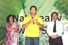 Sachin addresses the audience