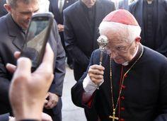 """El arzobispo Cañizares,pide controlar la #immigración """"para que no se desborde"""". #JustifeFail"""